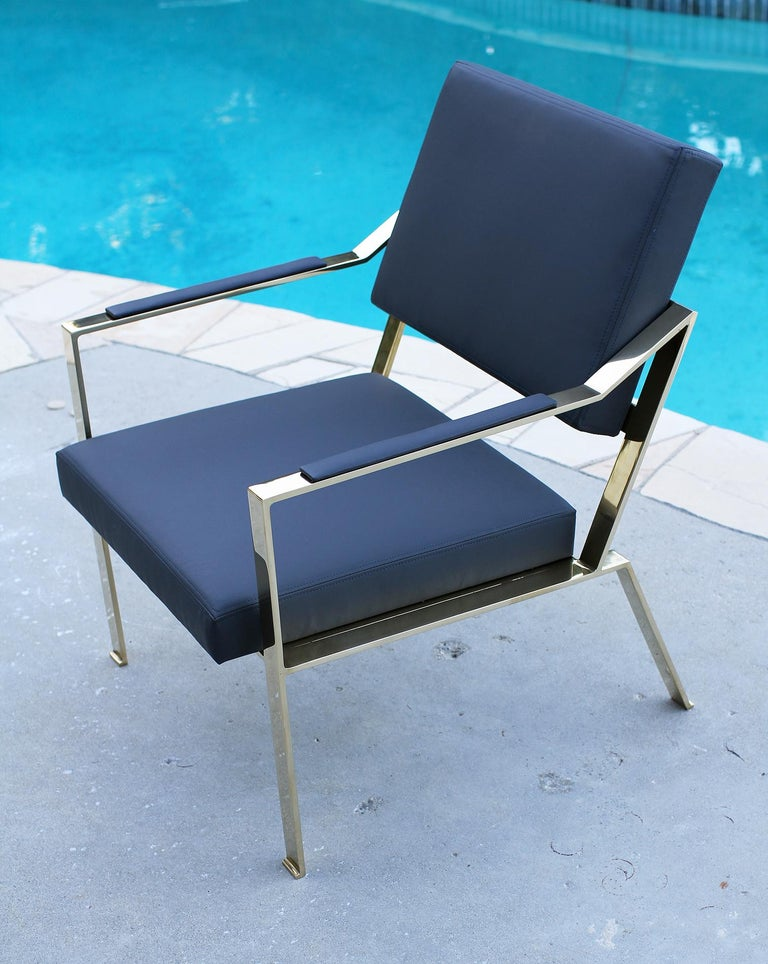 Brass chairs, Model PM1 In Excellent Condition For Sale In Encino, CA