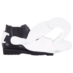 new COMME DES GARCONS SS14 rare white padded cloud structured leather shoe cover