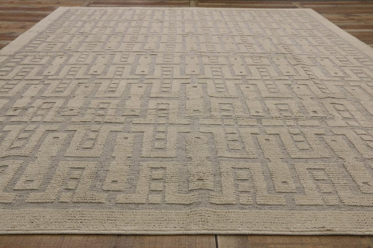 New Contemporary High-Low Geometric Area Rug with Modern Style For Sale 2