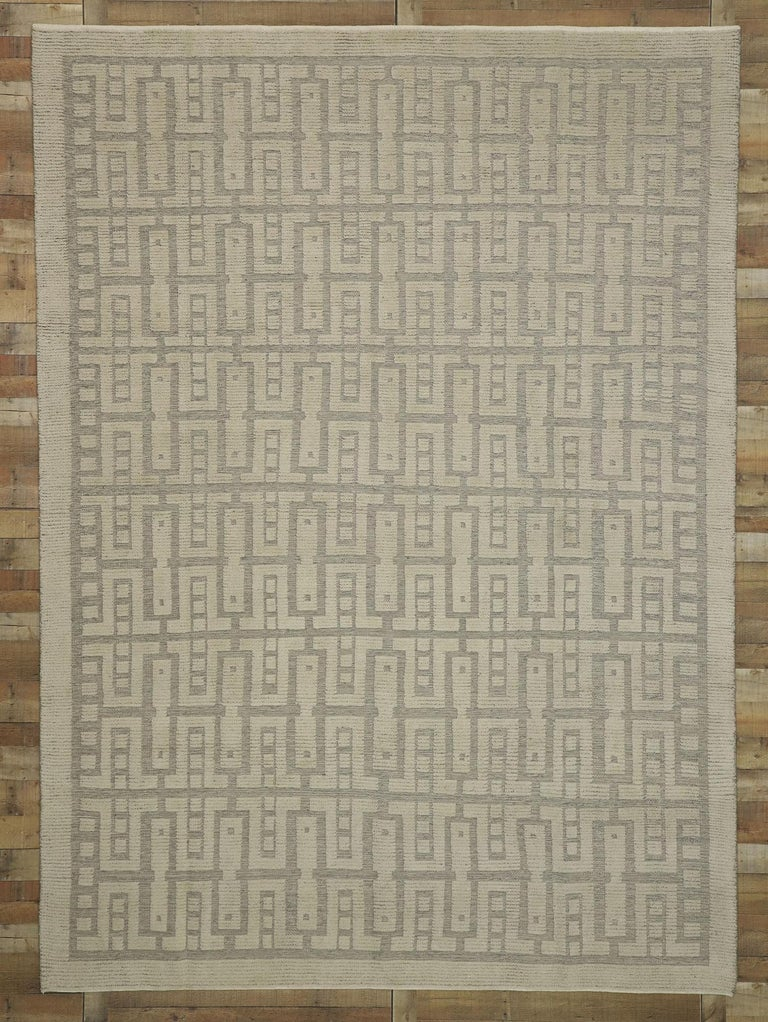 New Contemporary High-Low Geometric Area Rug with Modern Style For Sale 3