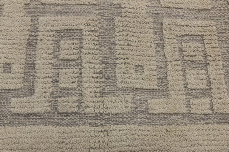 New Contemporary High-Low Geometric Area Rug with Modern Style In New Condition For Sale In Dallas, TX