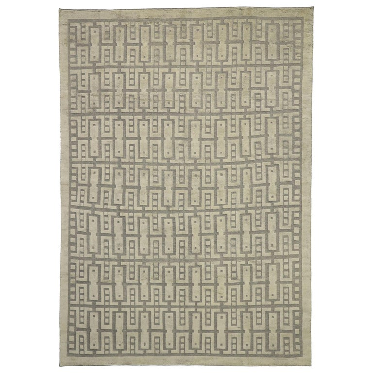 New Contemporary High-Low Geometric Area Rug with Modern Style For Sale
