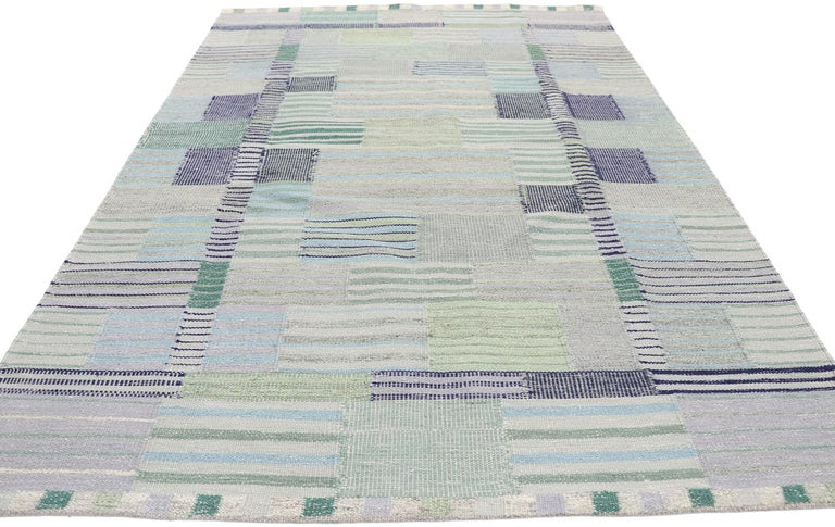 Indian New Contemporary Indo-Swedish Kilim Rug with Bohemian Scandinavian Modern Style For Sale