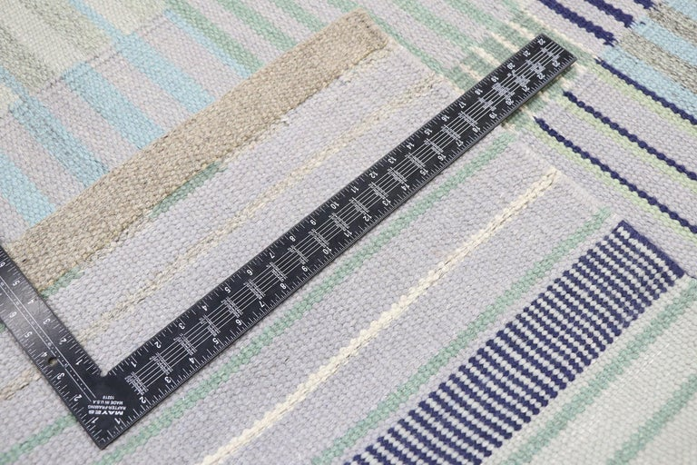 New Contemporary Indo-Swedish Kilim Rug with Bohemian Scandinavian Modern Style In New Condition For Sale In Dallas, TX