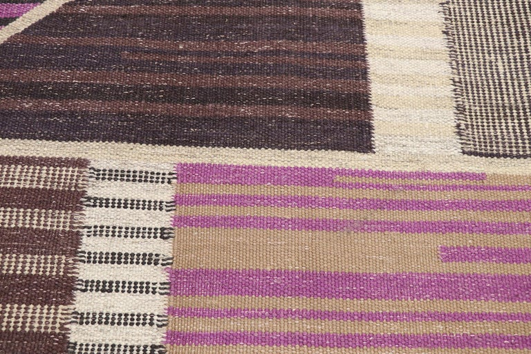Hand-Woven New Contemporary Indo-Swedish Kilim Rug with Scandinavian Modern Abstract Style For Sale