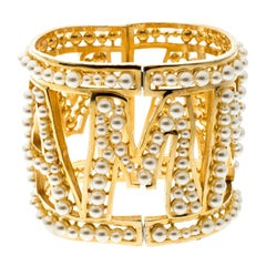 NEW DOLCE & GABBANA Gold brass white pearl AMORE bracelet