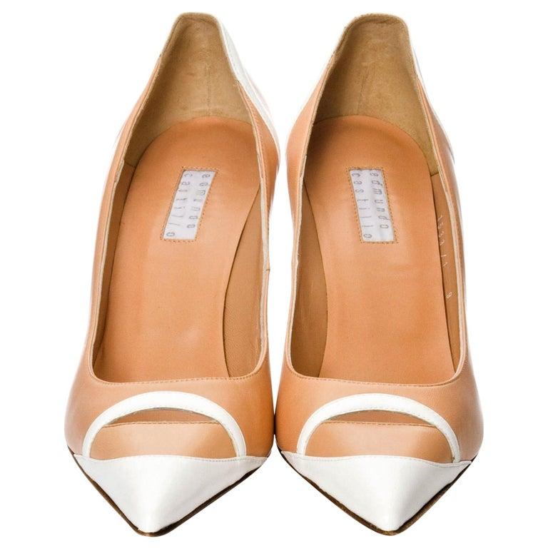 New Edmundo Castillo Peach and White Leather Heels Pumps Sz 9 For Sale