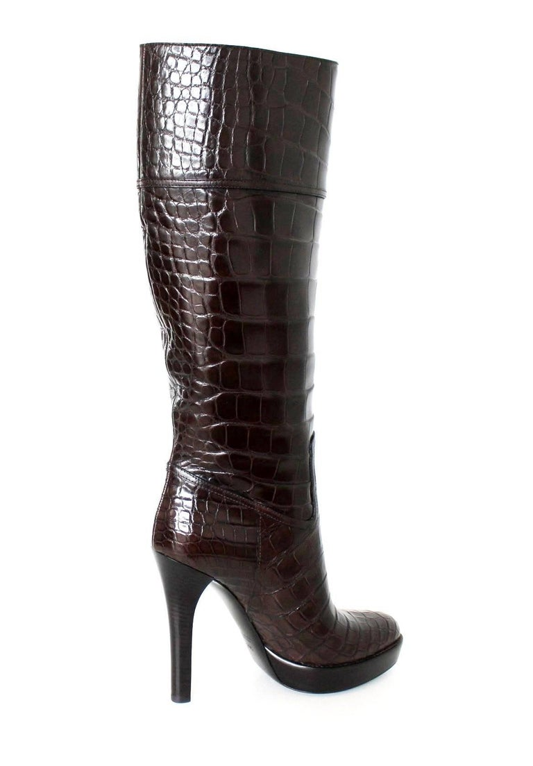 NEW Exotic Gucci Brown Extra Tall Alligator Skin High Heels Boots In New Condition For Sale In Switzerland, CH