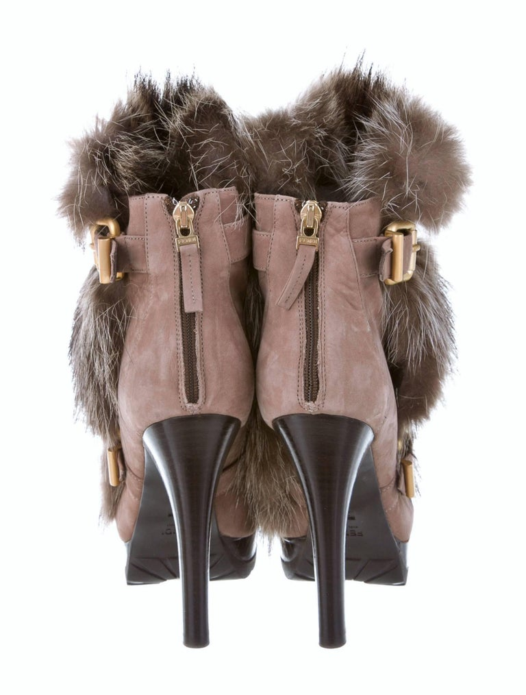 New Fendi Ad Runway Fur and Suede Platform Boots Booties Sz 39 For Sale 1
