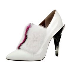 New Fendi Karl Lagerfeld Rare Runway Art Deco Leather Fox Fur Booties Pump Sz 40