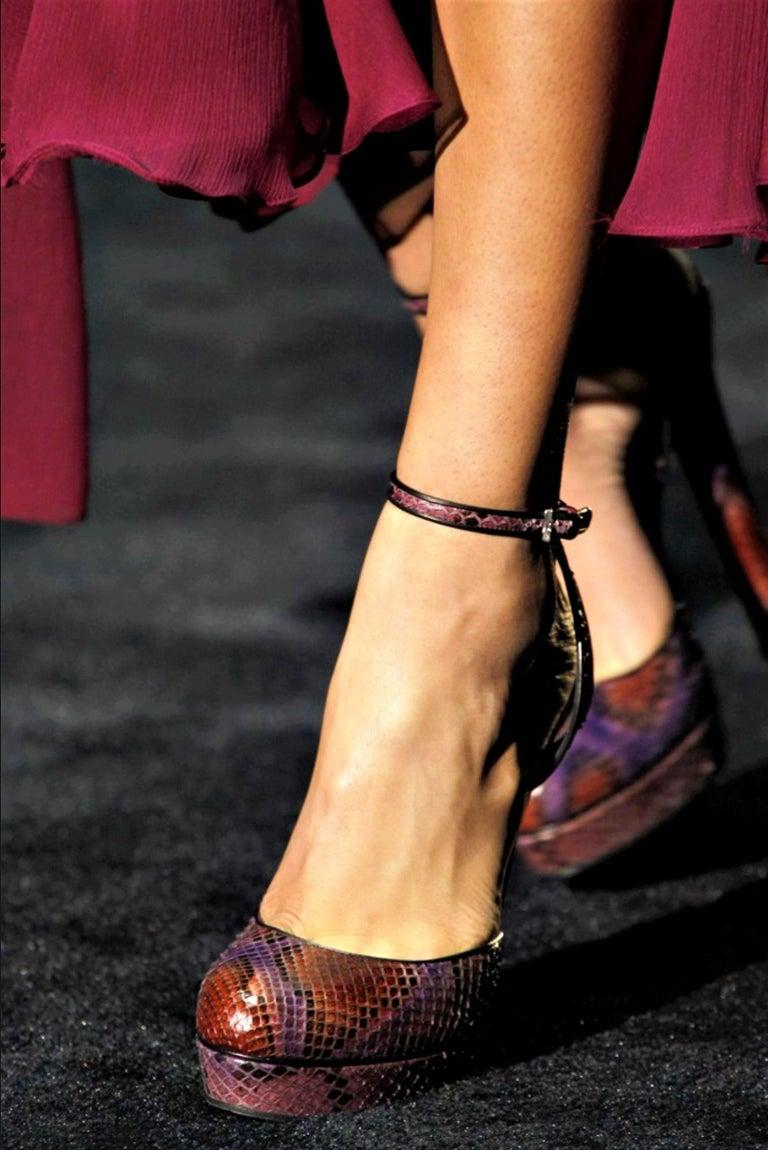 New Gucci 90th Anniversary Ad Runway Python Skakeskin Pump Heels Sz 37   $2425 For Sale 9