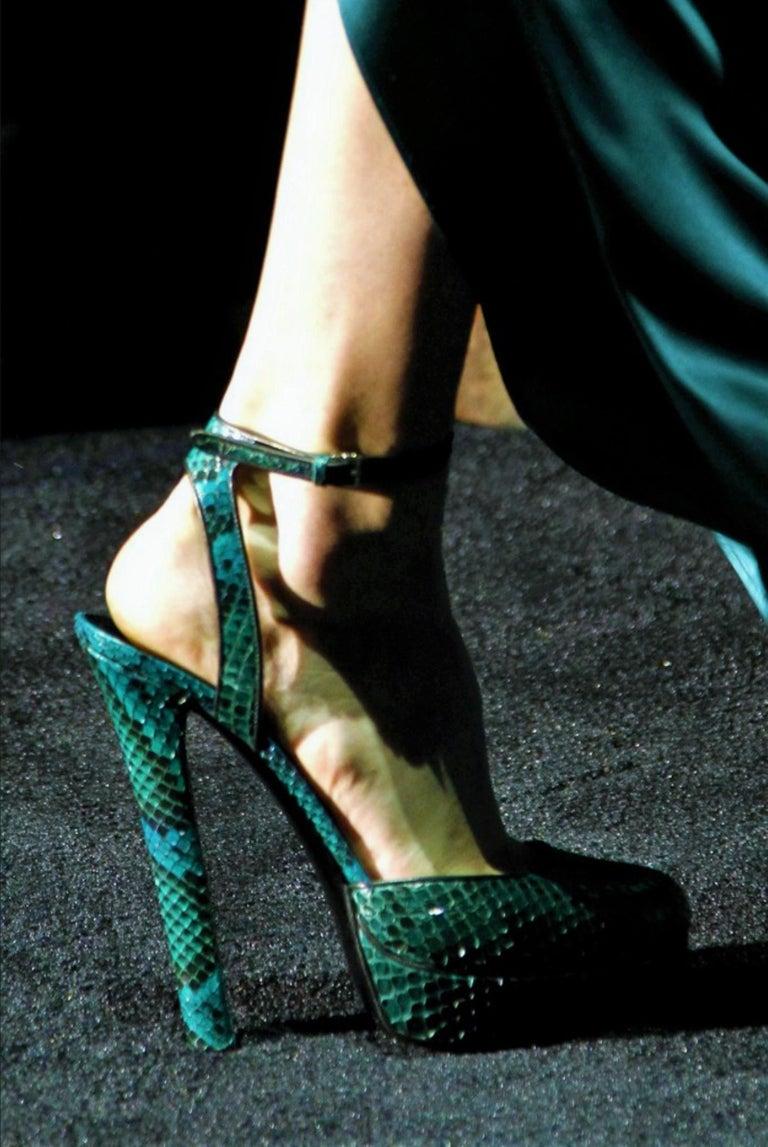New Gucci 90th Anniversary Fall Runway Python Skakeskin Pump Heels Sz 37   $2425 For Sale 5