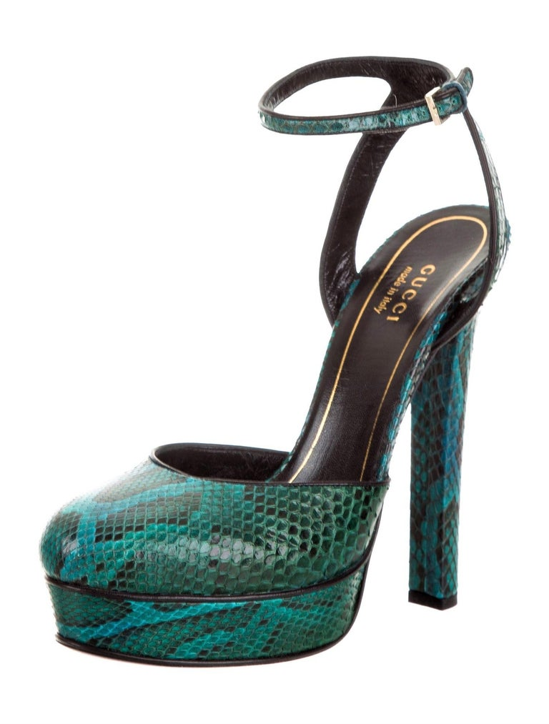 New Gucci 90th Anniversary Fall Runway Python Skakeskin Pump Heels Sz 37   $2425 For Sale 6