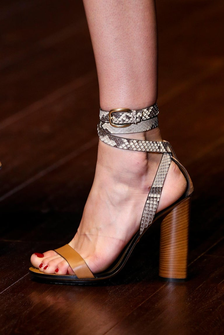 New Gucci Lykke Li Python Spring 2015 Runway Pumps Heels Sz 38.5 For Sale 10