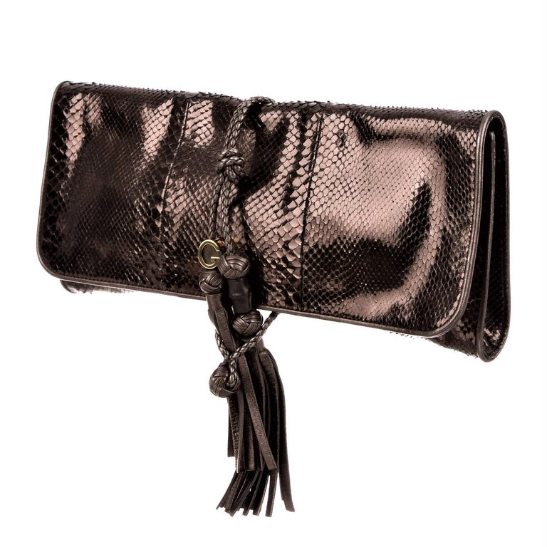 New Gucci Malika Large Python Clutch Bag in Bronze Pewter As Seen on J-Lo & Kim For Sale 13