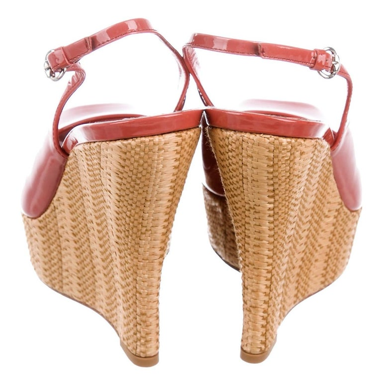 Orange New Gucci Mauve Patent Leather and Wicker Wedge Platform Heels Sz 37.5 For Sale