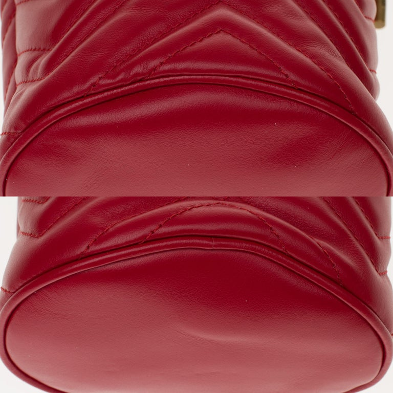 New GUCCI mini bucket bag GG Marmont in red quilted leather with chevrons For Sale 4