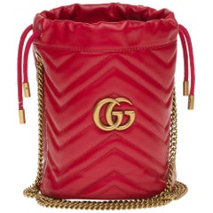 New GUCCI mini bucket bag GG Marmont in red quilted leather with chevrons