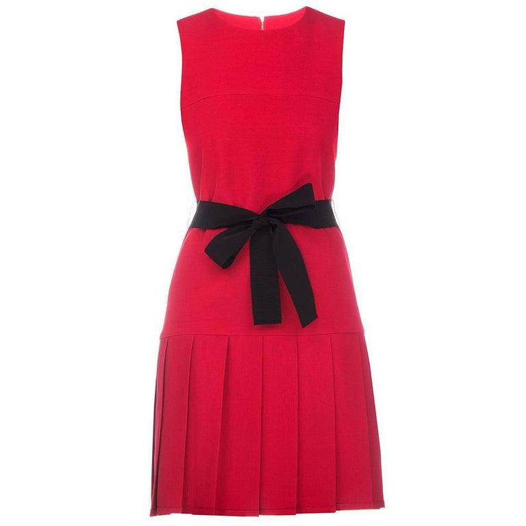 New Gucci Mini Cocktail Red Silk Dress With Ribbon Black Belt It. 38 and 42