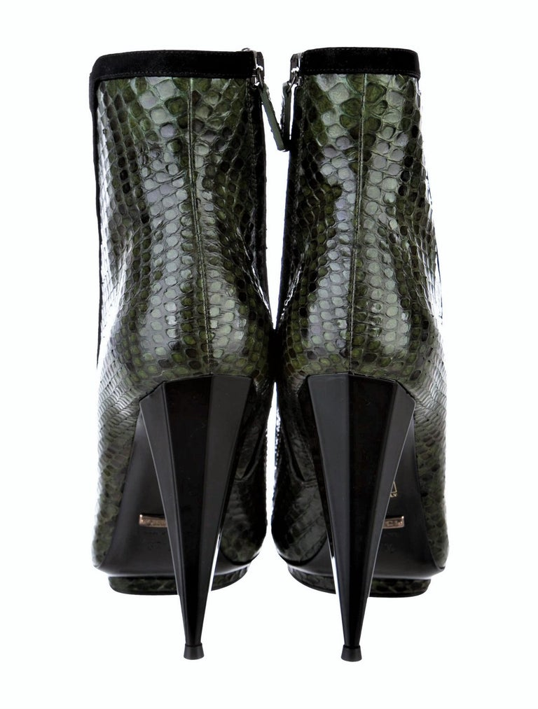 New Gucci Python Olympia S/S 2014 Runway Nicki Minaj Heels Booties Boots Sz 37.5 For Sale 4