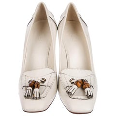 New Gucci Resort 2007 Winter White Leather Bamboo Tassel Heels Pumps Sz 7.5