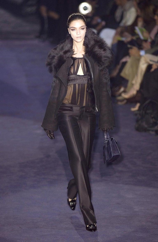 New Gucci Runway Suede Brocade Buckle Heels Sz 36.5 For Sale 3