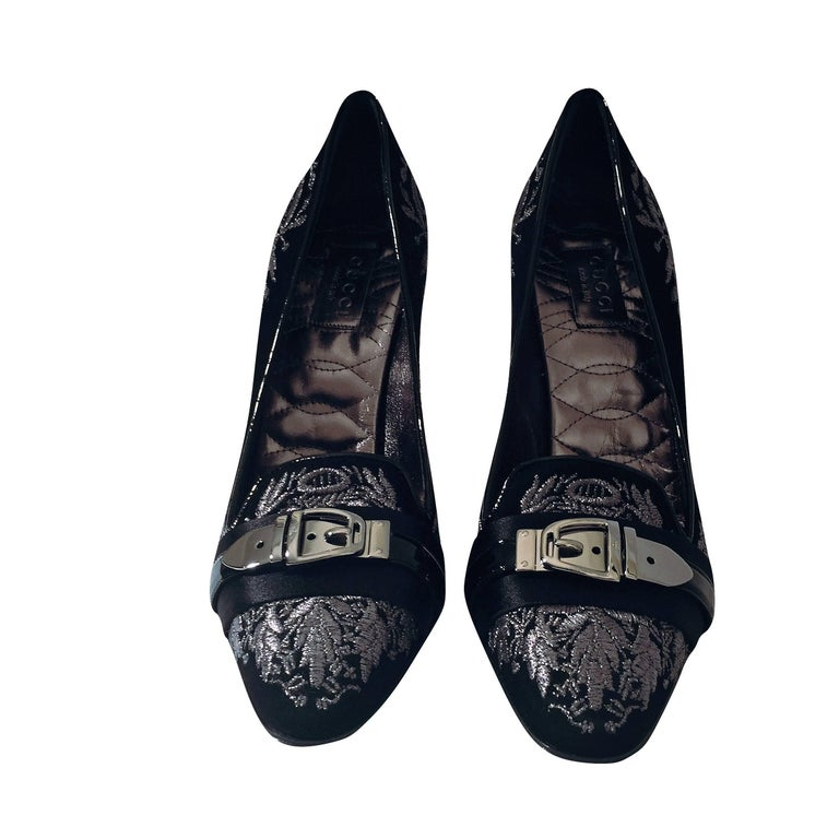 New Gucci Runway Suede Brocade Buckle Heels Pumps Sz 37.5 For Sale 14