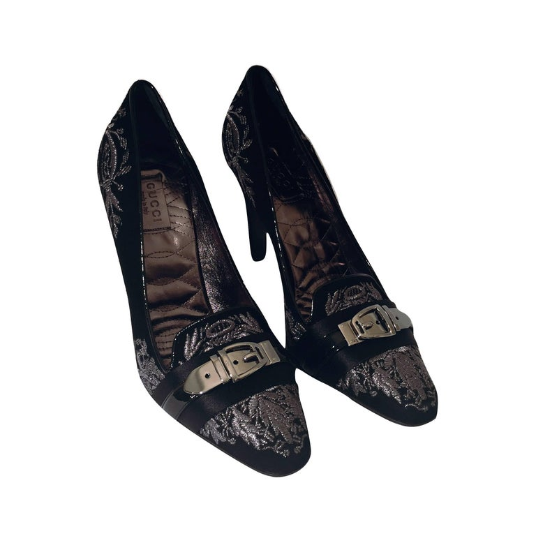 Black New Gucci Runway Suede Brocade Buckle Heels Pumps Sz 37.5 For Sale