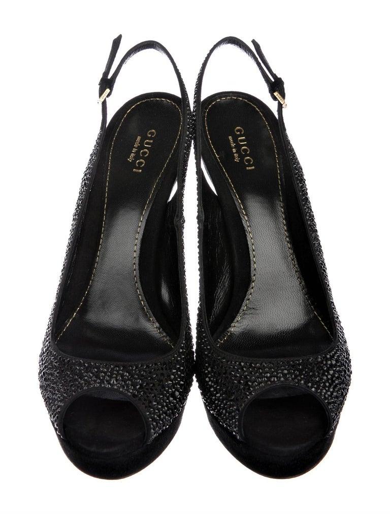 Black New Gucci Stunning Crystal & Suede Leather Platform Heels Pumps Sz 38.5 For Sale
