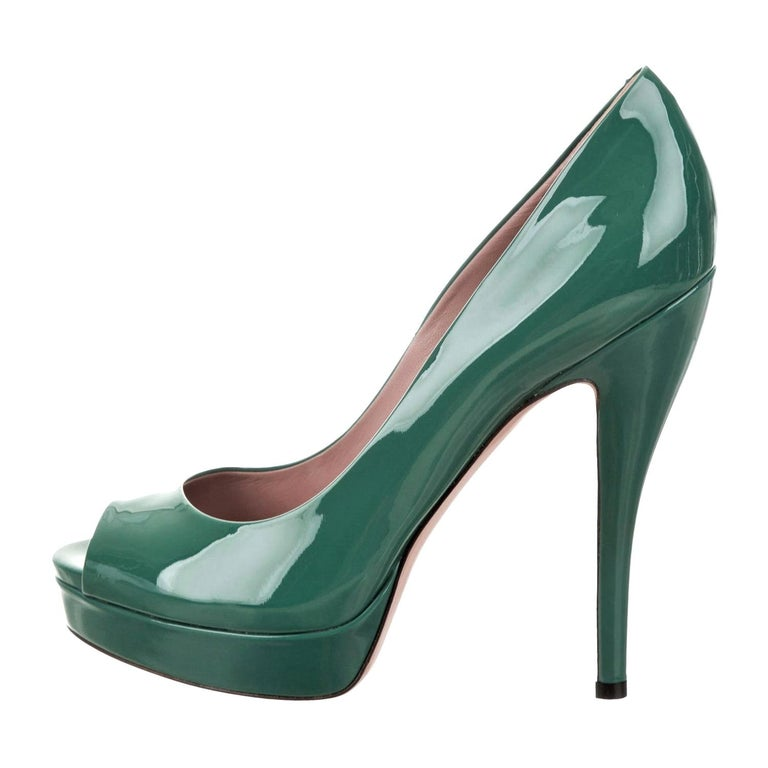 New Gucci Stunning Green Patent Leather Heels Pumps Sz 38 For Sale