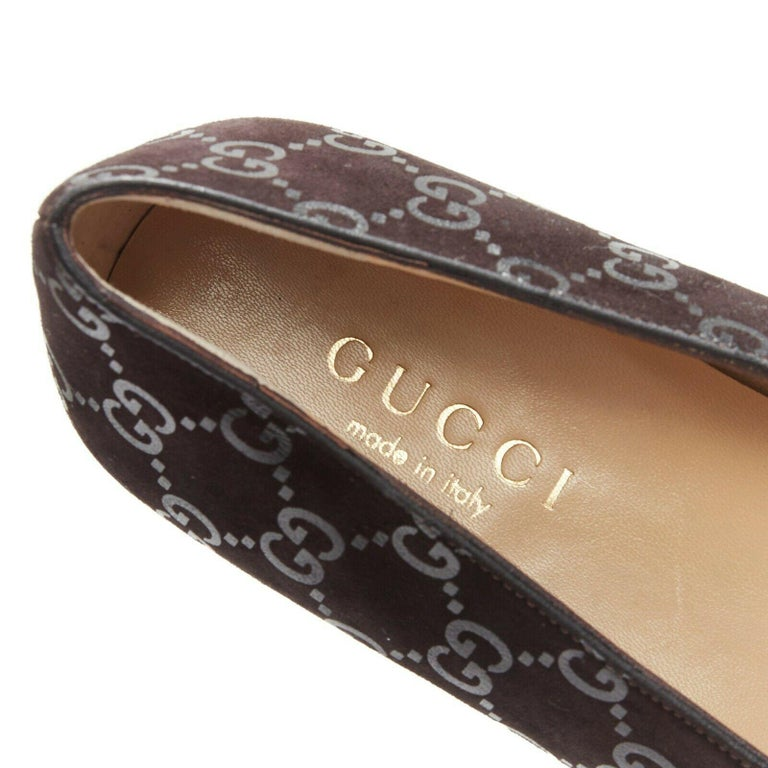 new GUCCI Vintage brown monogram printed black suede square toe loafer EU36.5C For Sale 5