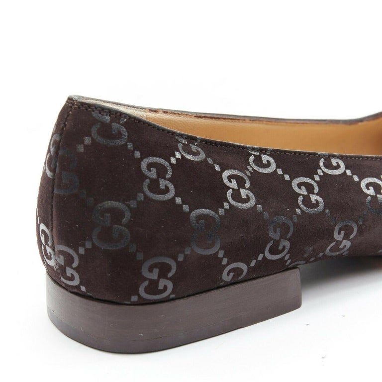 new GUCCI Vintage brown monogram printed black suede square toe loafer EU36.5C For Sale 4