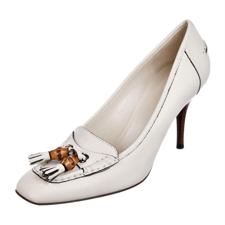 New Gucci Resort 2007 Winter White Leather Bamboo Tassel Heels Pumps Sz 7.5 For Sale 5