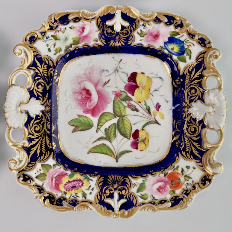 New Hall Porcelain Dessert Service, Cobalt Blue with Flowers, Regency 1824-1830 5