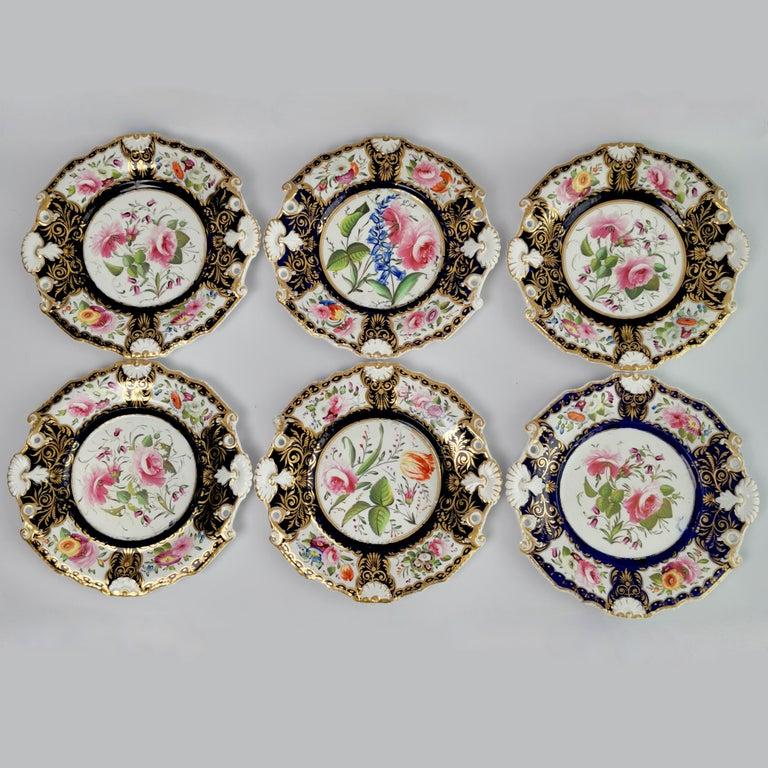 New Hall Porcelain Dessert Service, Cobalt Blue with Flowers, Regency 1824-1830 3