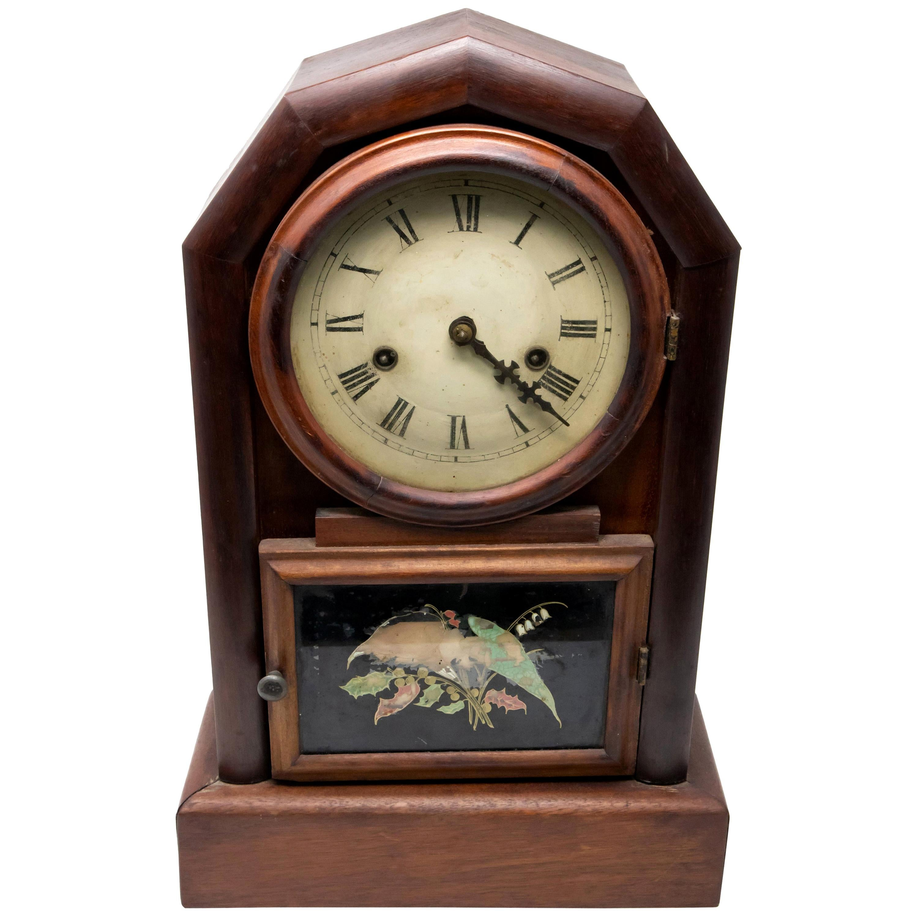 New Haven Clock Co. Mantle Clock