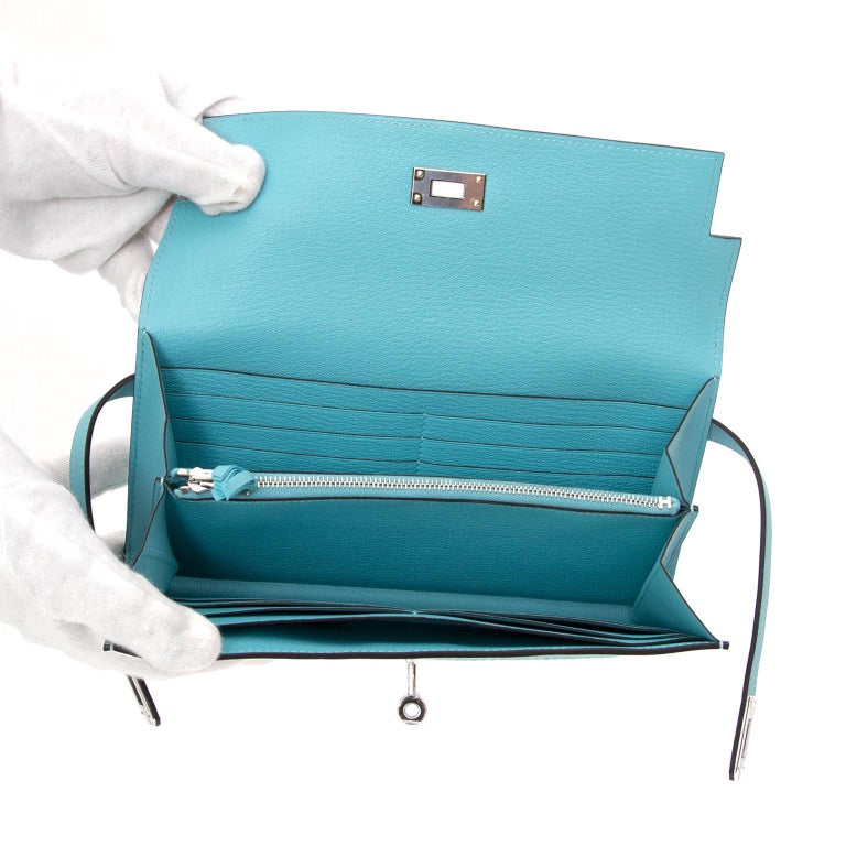 NEW Hermes Kelly Classic Ghillies Wallet Veau Swift Blue Atole PHW For Sale 2