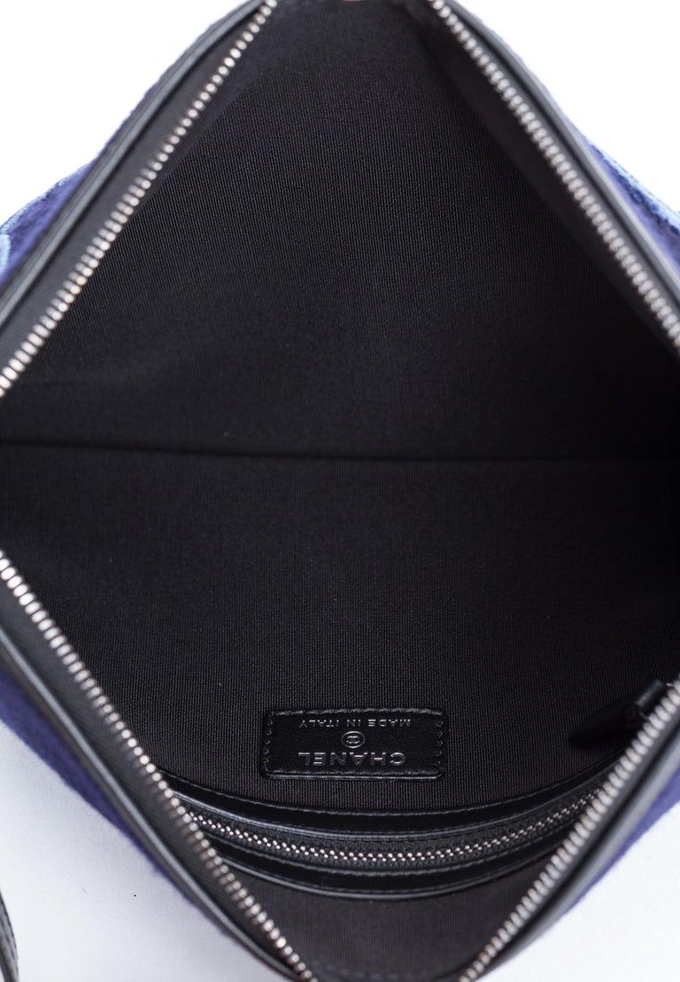 Women's New in Box Chanel Navy Paris Salzburg Clutch Bag For Sale