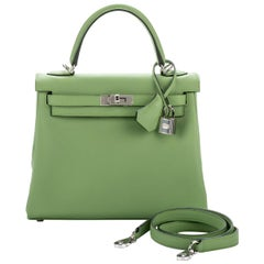 New in Box Hermes Kelly 25 Vert Criquet Swift Bag