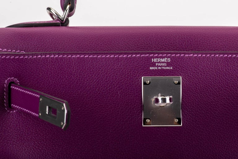 New in Box Hermes Kelly 28 Anemone Palladium Bag For Sale 2