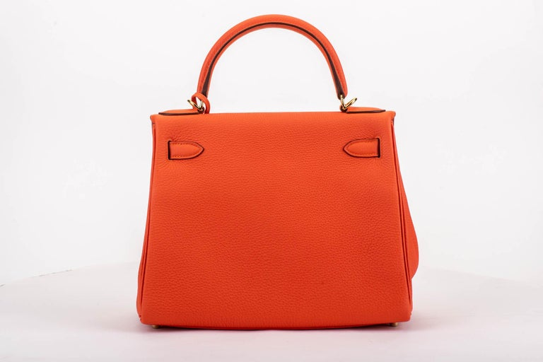 Red New in Box Hermes Kelly 28cm Feu Togo Gold Bag For Sale
