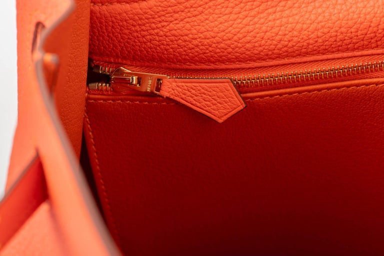 New in Box Hermes Kelly 28cm Feu Togo Gold Bag For Sale 3