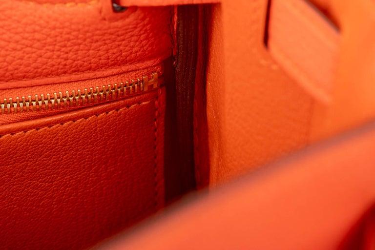 New in Box Hermes Kelly 28cm Feu Togo Gold Bag For Sale 4