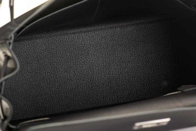 New in Box Hermes Kelly 32 Black Evercalf Bag For Sale 8