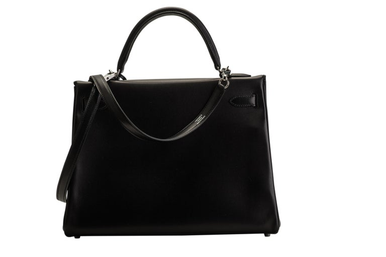 New in Box Hermes Kelly 32 Black Evercalf Bag In New Condition For Sale In West Hollywood, CA