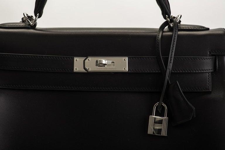 New in Box Hermes Kelly 32 Black Evercalf Bag For Sale 3