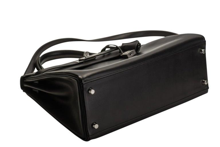 New in Box Hermes Kelly 32 Black Evercalf Bag For Sale 1