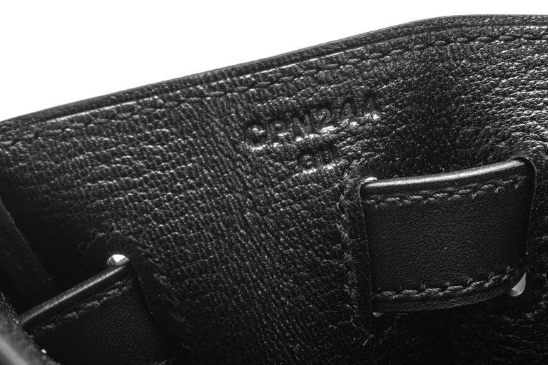 New in Box Hermes Kelly 32 Black Evercalf Bag For Sale 5