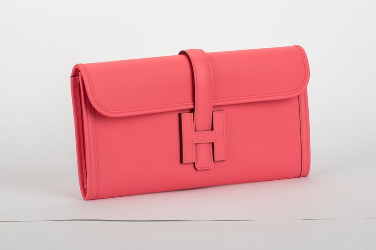 New in the box, Hermes jige elan 29cm in rare color rose azalee in swift leather. Dated