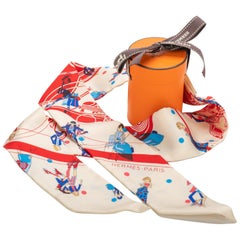 New in Box Hermes Silk Twilly White Les Parisiennes